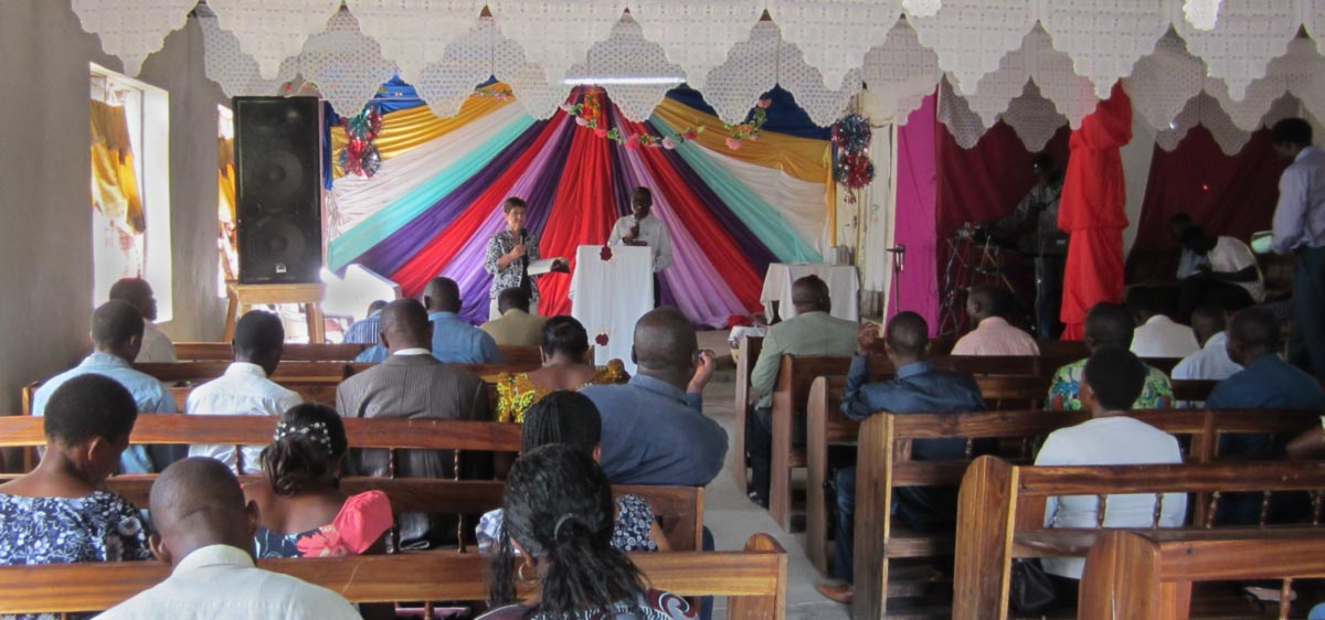 Ellen taught at a retreat for pastors and church leaders at Tanzania Missionary Revival Church